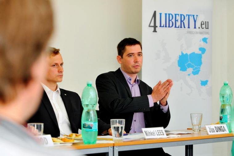 Ján Dinga (on right) is presenting a fiscal situation in the Slovak Republic.