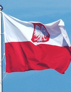 800px-Polish_flag_with_coat_of_arms