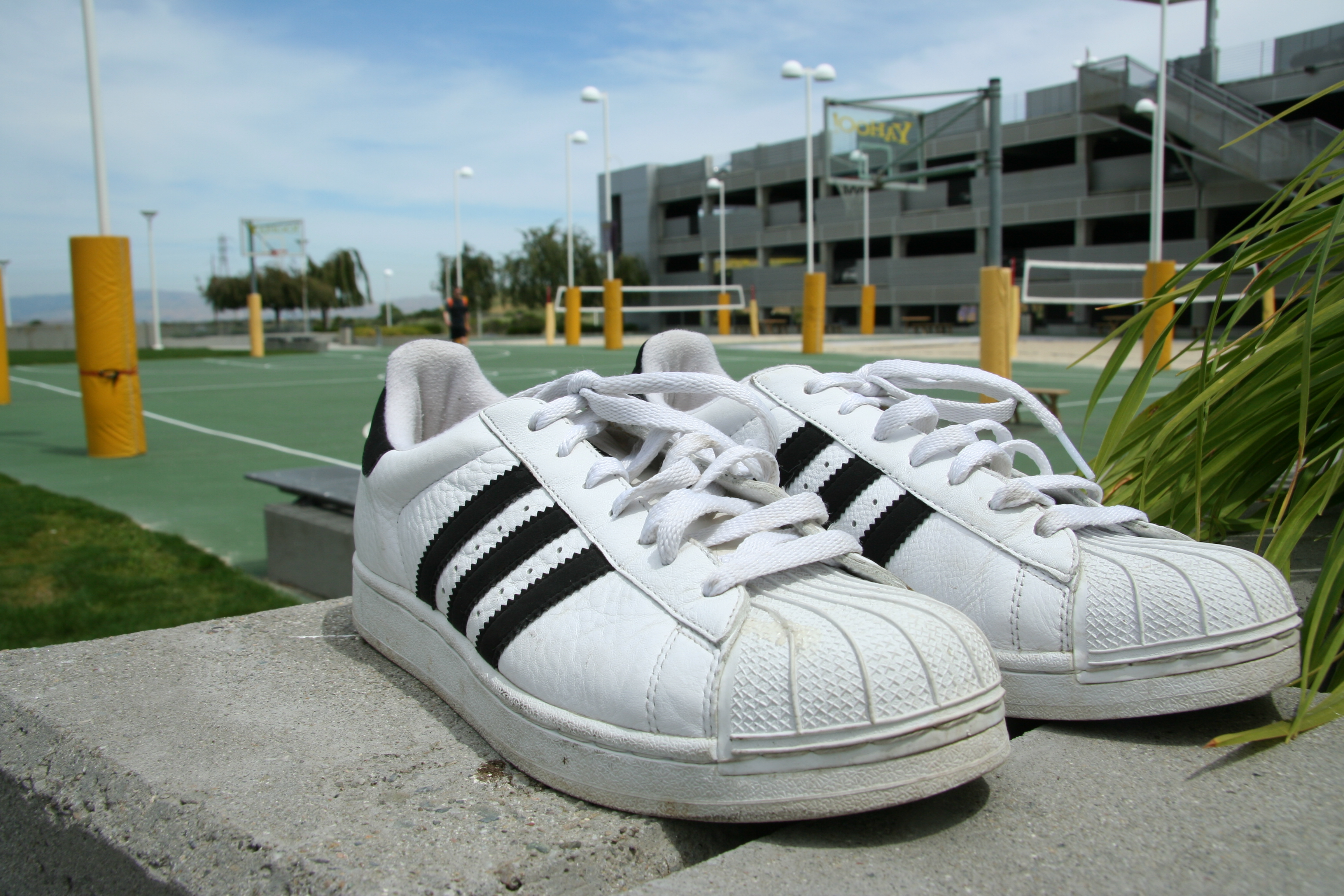 adidas_superstar_shoes_pair