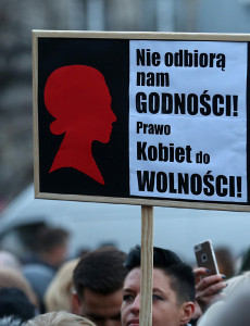 czarny-protest-black-protest-women-poland