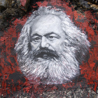 Karl_Marx,_painted_portrait_DDC2787