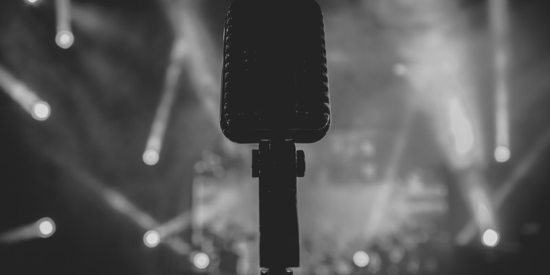 mic-microphone-concert-music-band-singer-singing-sound-audio