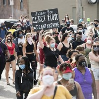 800px-Protest_against_police_violence_-_Justice_for_George_Floyd,_May_26,_2020_11