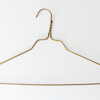 Wire_clothes_hanger